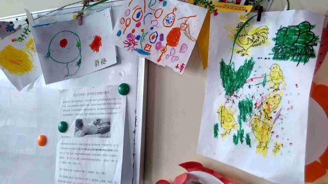 I disegni dei bimbi dell'orfanotrofio