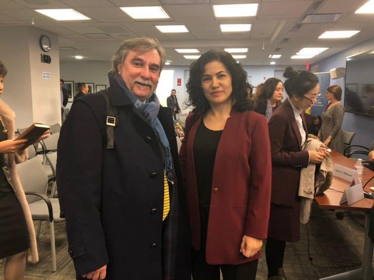 Rushan Abbas e Marco Respinti al Simposio sull'incarcerazione di massa degli uiguri in Cina, svoltosi all'Elliott School of International Affairs della George Washington University di Washington il 27 novembre 2018