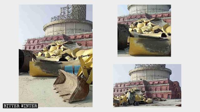 Frammenti rimasti dopo la demolizione della statua di bronzo del Buddha nella Zona panoramica del Monte Xiantang