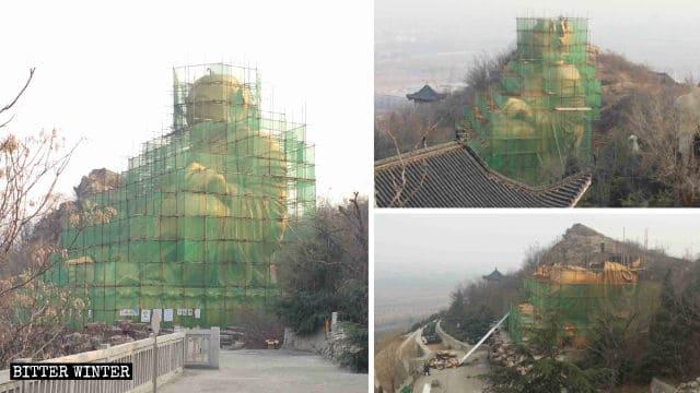 Ci sono voluti 17 giorni per demolire la statua di Maitreya, nel cimitero di Longfeng