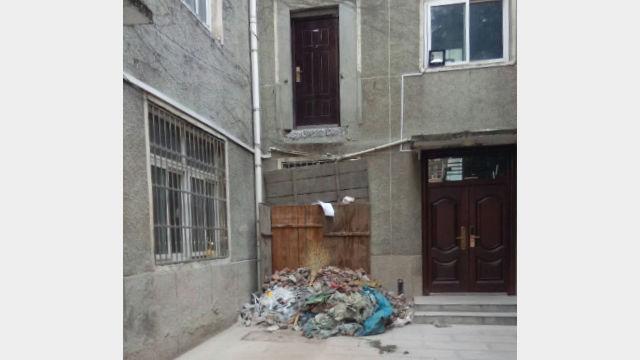 La scala che conduceva alla stanza di don Liu è stata demolita