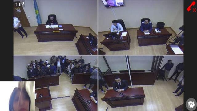 Immagini dall'udienza