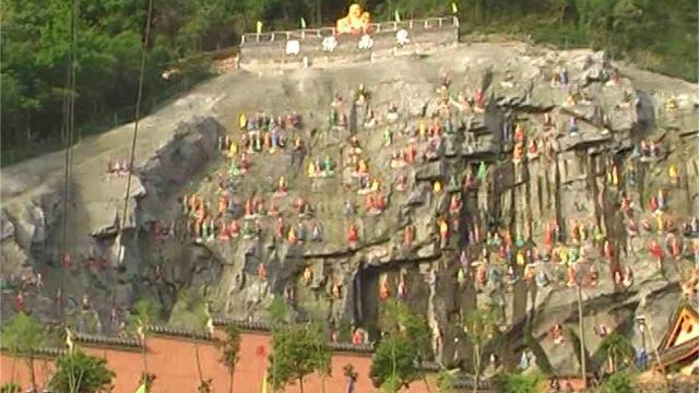 L'aspetto originario delle statue degli Arhat nel tempio Zhenlong