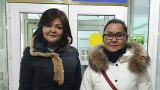 Una rifugiata cinese di etnia kazaka ottiene asilo in Kazakistan