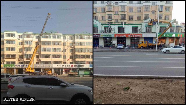 Nel distretto di Donghe vengono rimossi i simboli islamici