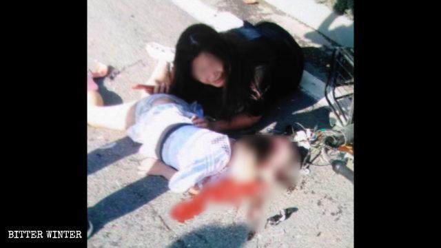 La bambina è morta dopo un incidente che ha coinvolto un camion