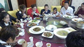 Il PCC omologa gli uiguri, vietandone cultura e religione
