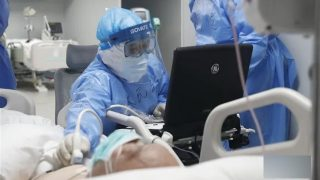 Personale sanitario denuncia la disinformazione sul COVID-19