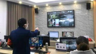 Intensificata la sorveglianza nelle comunità residenziali nello Xinjiang