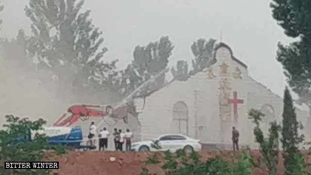 La chiesa demolita di Tianmen