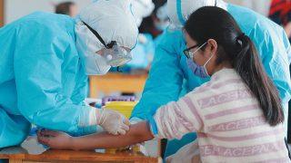 Il PCC continua a raccogliere campioni di DNA con la forza. Anche durante la pandemia